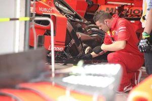 Detalle de la parte trasera del Ferrari SF90