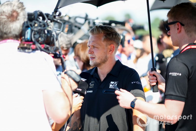 Kevin Magnussen, Haas F1 speaks t the media