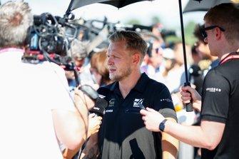 Kevin Magnussen, Haas F1 speaks t the media