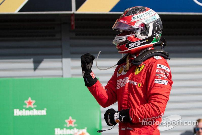 Il vincitore della gara Charles Leclerc, Ferrari al parc ferme