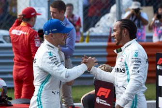 Valtteri Bottas, Mercedes AMG F1 and Lewis Hamilton, Mercedes AMG F1 celebrate in Parc Ferme