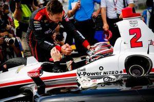 Josef Newgarden, Team Penske Chevrolet celebra el campeonato NTT IndyCar, Will Power, Team Penske Chevrolet