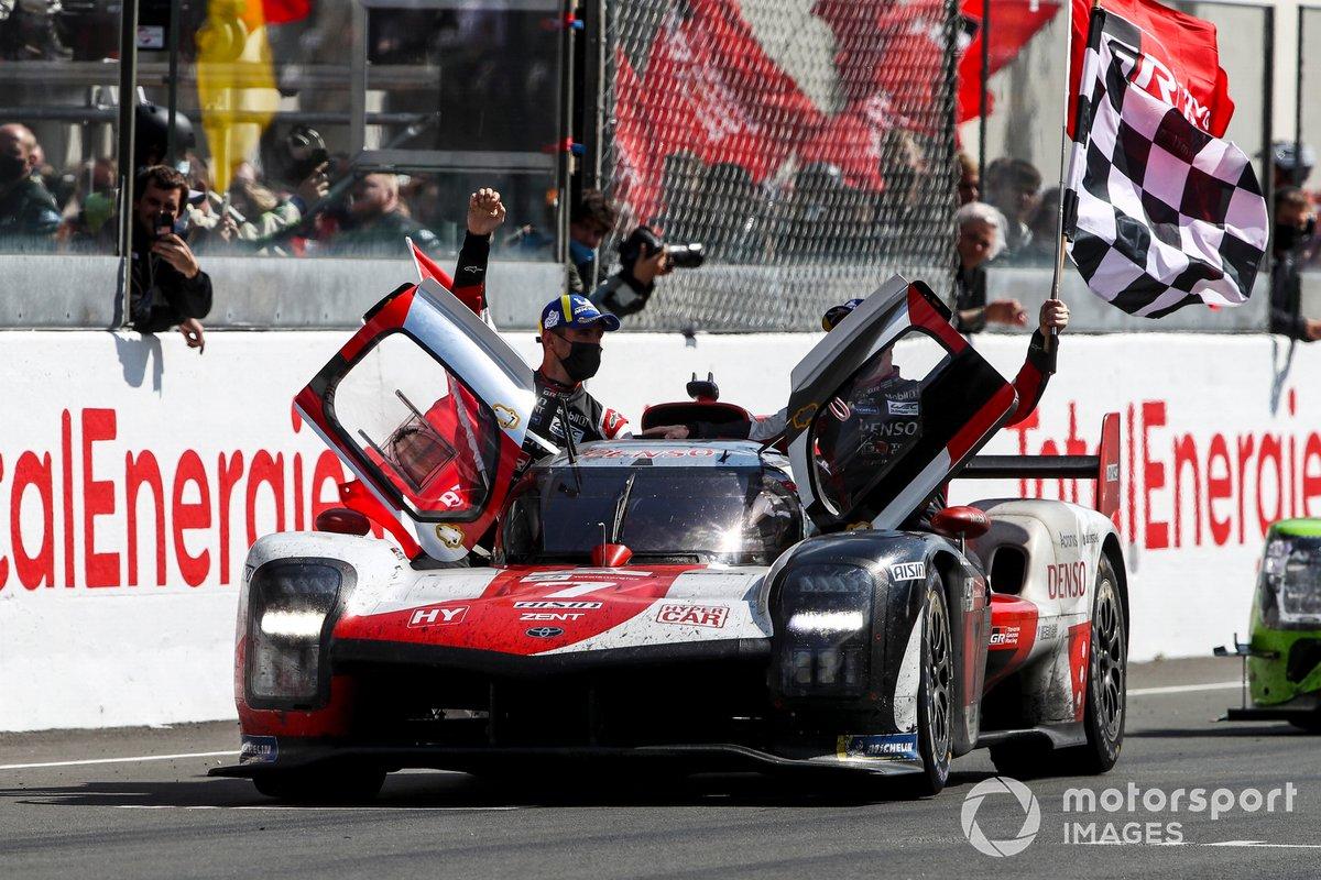 #7 Toyota Gazoo Racing Toyota GR010 - Hybrid Hypercar, Mike Conway, Kamui Kobayashi, Jose Maria Lopez