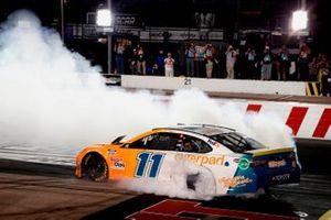 Race winner Denny Hamlin, Joe Gibbs Racing, Toyota Camry Offerpad