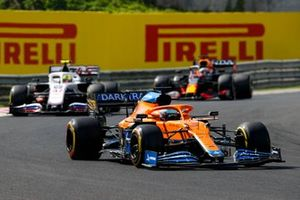Daniel Ricciardo, McLaren MCL35M, Mick Schumacher, Haas VF-21, Max Verstappen, Red Bull Racing RB16B