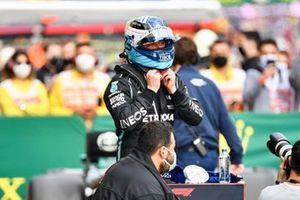 Valtteri Bottas, Mercedes, in Parc Ferme na de kwalificatie