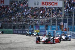 Lucas Di Grassi, Audi Sport ABT Schaeffler, Audi e-tron FE07, Maximilian Gunther, BMW i Andretti Motorsport, BMW iFE.21