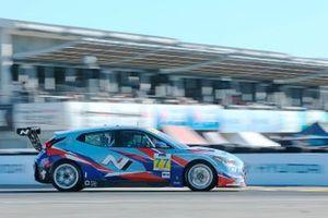 #77: Bryan Herta Autosport w/ Curb-Agajanian Hyundai Veloster N TCR, TCR: Michael Lewis, Taylor Hagler