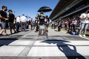 Jonathan Rea, Kawasaki Racing Team WorldSBK start from pole position