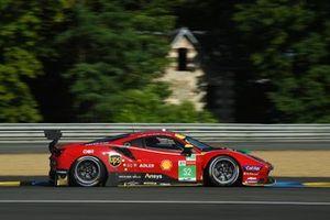 #52 AF Corse Ferrari 488 GTE EVO LMGTE Pro van Daniel Serra, Miguel Molina