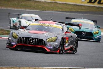 #22 アールキューズ AMG GT3