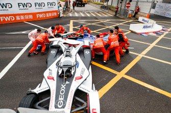 Marshals met Felipe Nasr, Dragon Racing, Penske EV-3, Pascal Wehrlein, Mahindra Racing, M5 Electro