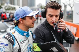 Felipe Massa, Venturi Formula E chats with his engineer on the grid