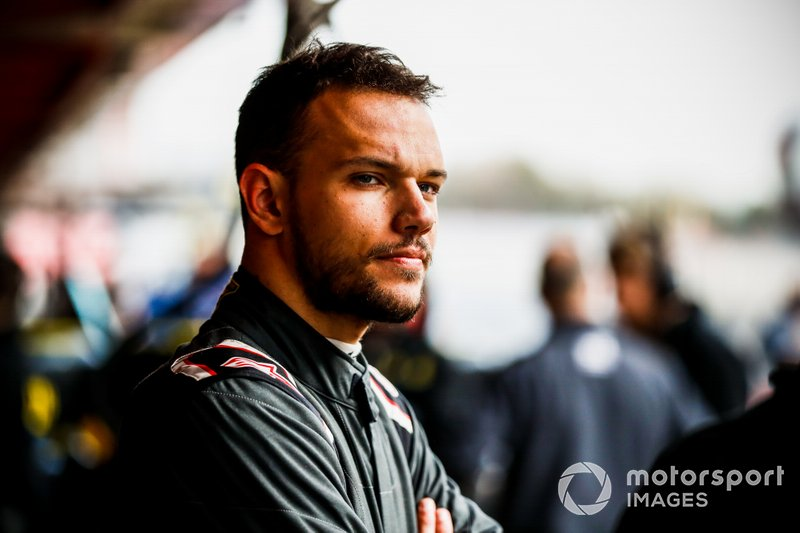 #8 Luca Ghiotto, 24 ans