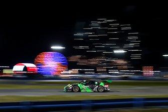 Тимоти Паппас, Маттео Кайроли, Дирк Вернер, Марко Зеефрид, Black Swan Racing, Porsche 911 GT3 R (№540)