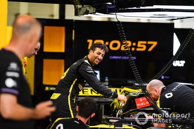Daniel Ricciardo, Renault F1 Team garajda