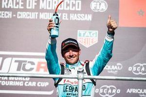 Podio: segundo, Jean-Karl Vernay, Leopard Racing Team Audi Sport Audi RS 3 LMS