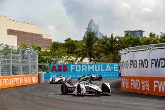 Jose Maria Lopez, Dragon Racing, Penske EV-3, Felipe Massa, Venturi Formula E, Venturi VFE05, Sam Bird, Envision Virgin Racing, Audi e-tron FE05