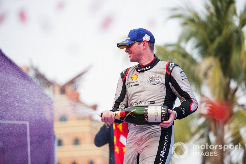 Oliver Rowland, Nissan e.Dams, 2nd position, celebrates