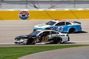 Aric Almirola, Stewart-Haas Racing, Ford Mustang Smithfield and Darrell Wallace Jr., Richard Petty Motorsports, Chevrolet Camaro