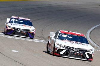 Erik Jones, Joe Gibbs Racing, Toyota Camry SportClips, Denny Hamlin, Joe Gibbs Racing, Toyota Camry FedEx Office
