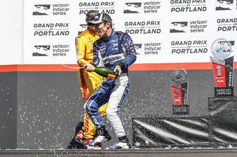 Ryan Hunter-Reay, Andretti Autosport Honda, Takuma Sato, Rahal Letterman Lanigan Racing Honda, Sebastien Bourdais, Dale Coyne Racing with Vasser-Sullivan Honda, podium, champagne