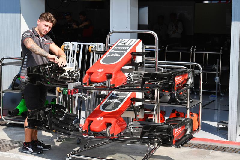 Morro y alerón delantero del Haas F1 Team VF-18