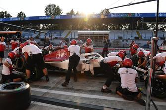Sauber F1 Team pit stop