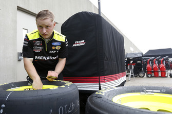 Ryan Blaney, Team Penske, Ford Mustang Menards/Richmond crew