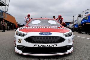 Paul Menard, Wood Brothers Racing, Ford Fusion Earn While You Learn/NewFordTech.com