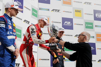 Podium: Winnaar Mick Schumacher, PREMA Theodore Racing Dallara F317 - Mercedes-Benz