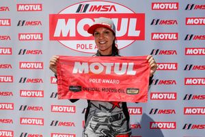 Pole position for #86 Michael Shank Racing with Curb-Agajanian Acura NSX, GTD: Katherine Legge