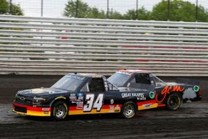 Jake Griffin, Reaume Brothers Racing, Toyota Tundra Griffin Knoxville, Codie Rohrbaugh, CR7 Motorsports, Chevrolet Silverado Grant County Mulch