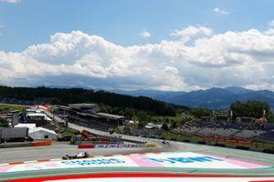 Nikita Mazepin, Haas VF-21, Antonio Giovinazzi, Alfa Romeo Racing C41