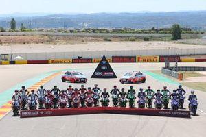 Gruppenfoto: Alle Piloten und Bikes für die Superbike-WM 2021