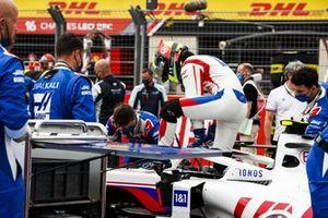 Mick Schumacher, Haas F1 , on the grid