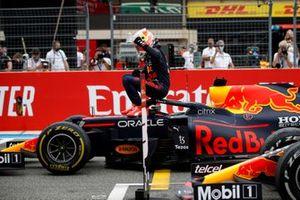 Winnaar Max Verstappen, Red Bull Racing in Parc Ferme