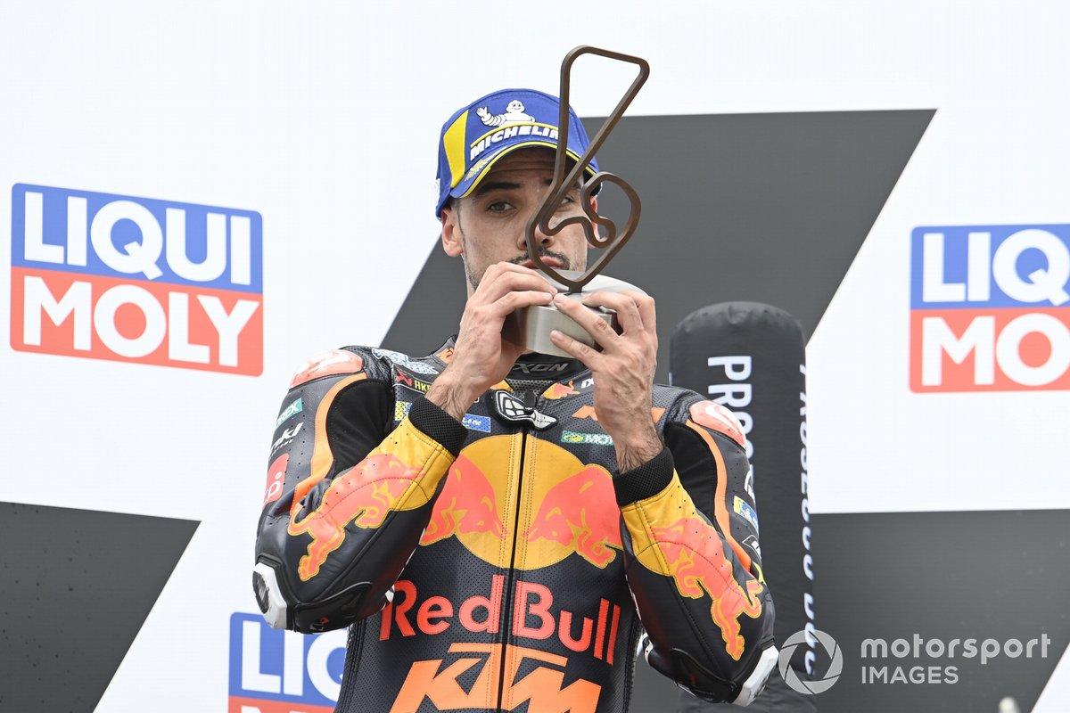 Podio: tercer lugar Miguel Oliveira, Red Bull KTM Factory Racing
