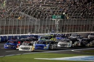 Carson Hocevar, Niece Motorsports, Chevrolet Silverado Scott's/GMPartsNow, Stewart Friesen, Halmar Friesen Racing, Toyota Tundra Halmar International