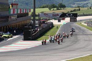 Start action, Tatsuki Suzuki, SIC58 Squadra Corse leads