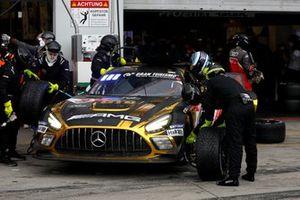 #40 10Q Racing Team Mercedes-AMG GT3 Evo: Kenneth Heyer, Thomas Jäger, Yelmer Buurmann, Dominik Baumann