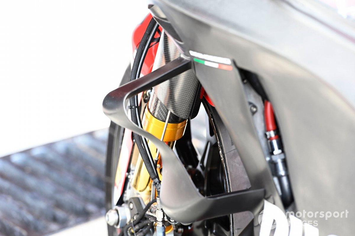 Detalle de la moto de Ducati Team