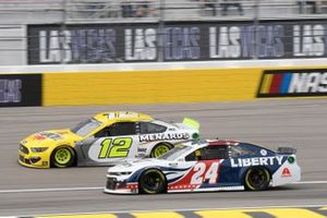 William Byron, Hendrick Motorsports, Chevrolet Camaro Liberty University, Ryan Blaney, Team Penske, Ford Mustang Menards/Pennzoil