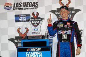 Race winner John Hunter Nemechek, Kyle Busch Motorsports, Toyota Tundra