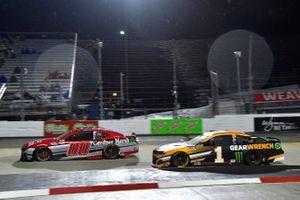 Quin Houff, StarCom Racing, Chevrolet Camaro Gardner Marsh, Kurt Busch, Chip Ganassi Racing, Chevrolet Camaro GEARWRENCH