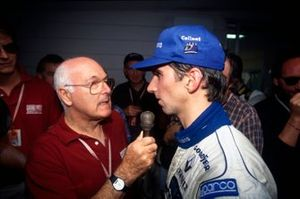 Damon Hill, Williams Renault, 1st position, is interviewed by Murray Walker before the race.