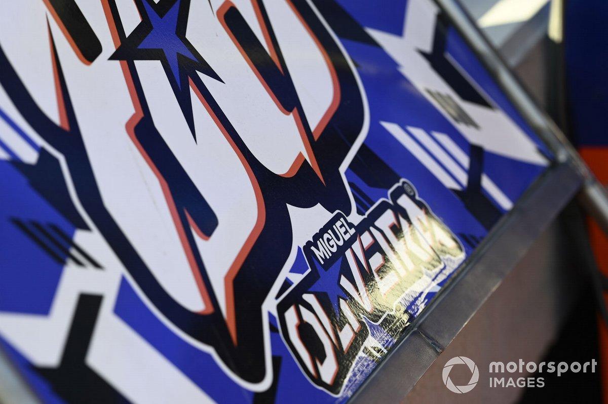 Logo en la moto de Miguel Oliveira, Red Bull KTM Tech 3