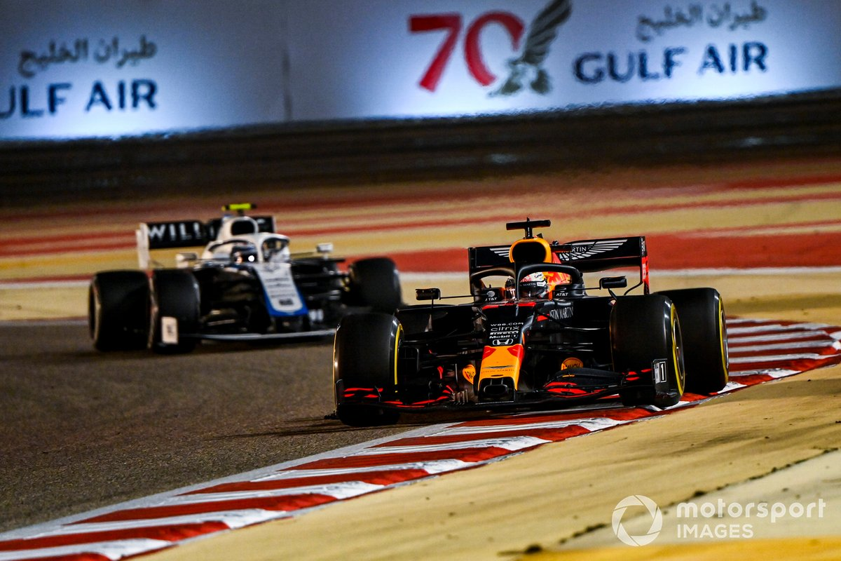 Max Verstappen, Red Bull Racing RB16, Nicholas Latifi, Williams FW43