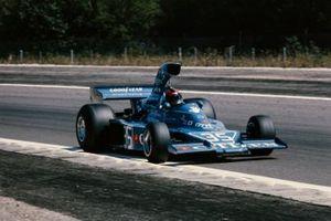 Tony Trimmer, Maki F101-02 Ford