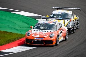 Max van Splunteren, Team GP Elite, devance Jean-Baptiste Simmenauer, Lechner Racing Middle East